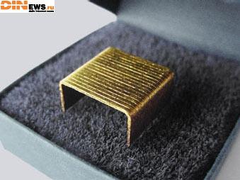 Золотые скобы для стэплера