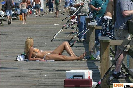 Кто на рыбалку, кто на е@алку!